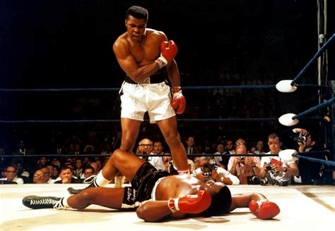 Top 10 Greatest Boxers Of All Time (UPDATED) Sporteology