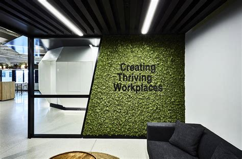 Creative Walls for Workplaces - Formline Group walls to