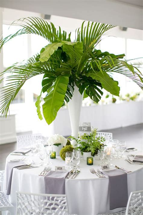 tropical-leaf-table-centerpieces – HomeMydesign