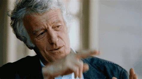 Top 10 Cinematography Tips from Renowned DP Roger Deakins