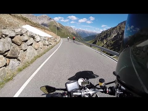 Stelvio Pass enduring heavy snow with just two weeks until