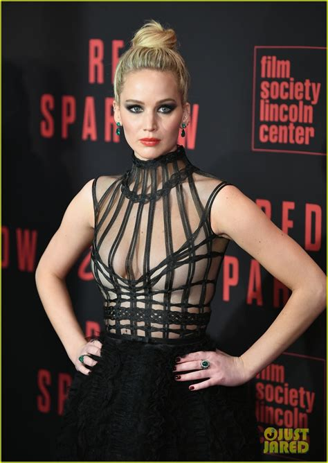 Jennifer Lawrence Stuns at 'Red Sparrow' NYC Premiere with