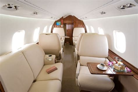 Learjet 60 Specifications, Cabin Dimensions, Performance
